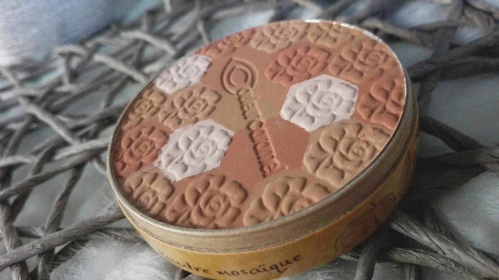 puder mozaika couleur caramel